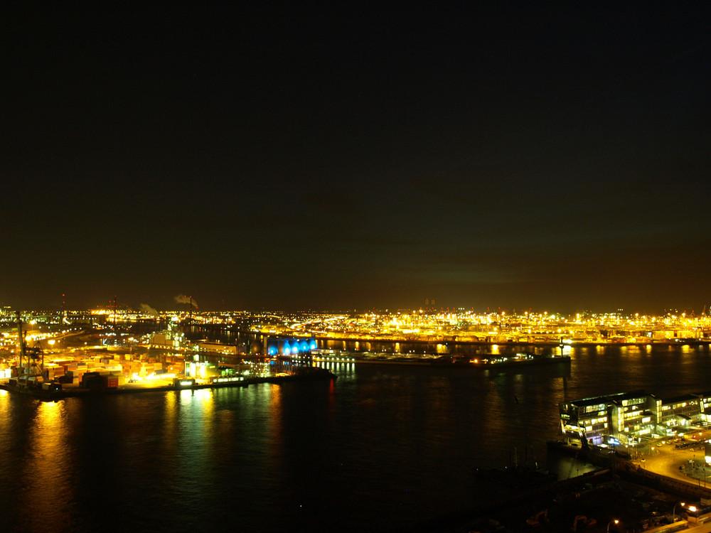 Hamburger Hafen am Abend 2