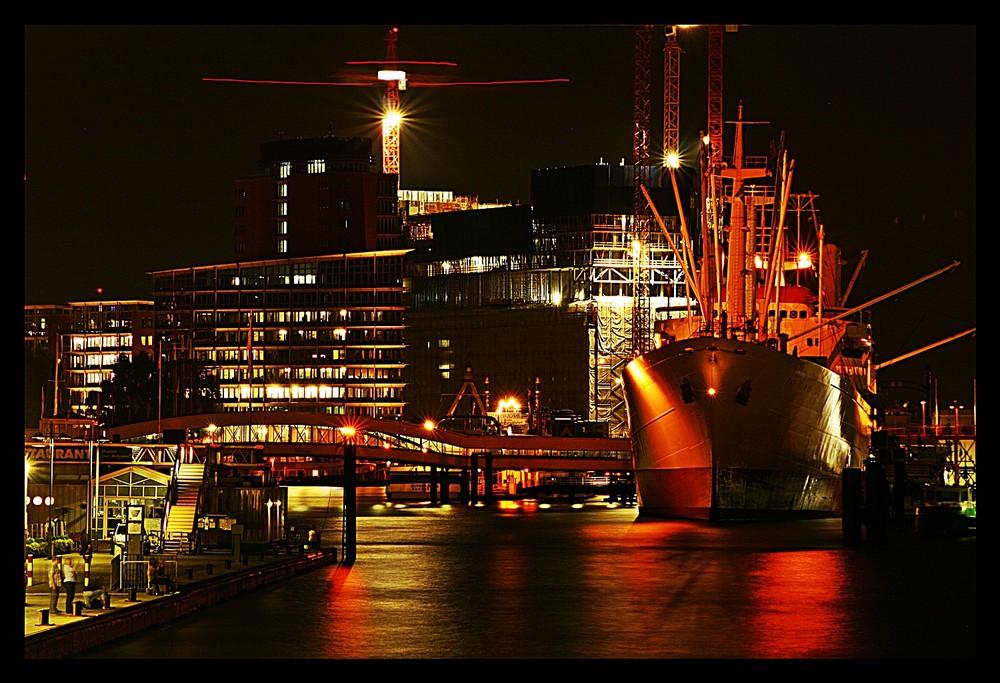 Hamburger Hafen bei Nacht (2) Foto & Bild   deutschland