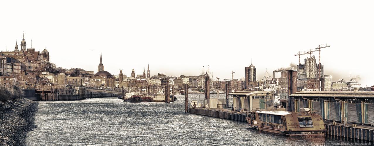 Hamburger Hafenblick