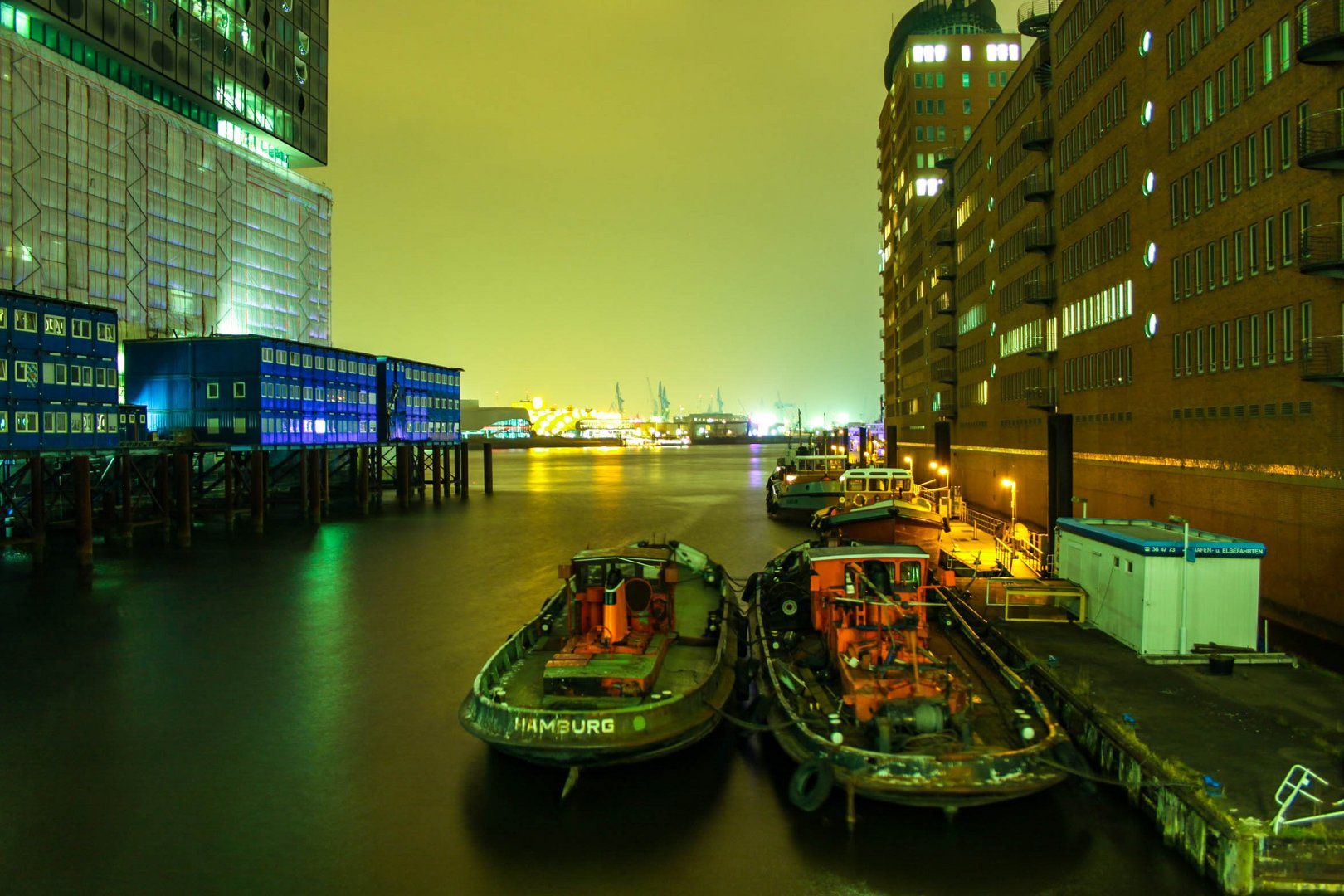 Hamburger Hafencity - Boot