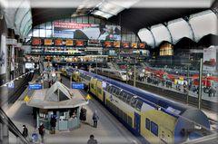 Hamburger Hauptbahnhof im März