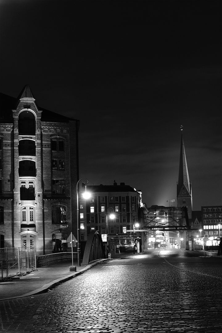 Hamburger Speicherstadt by Night