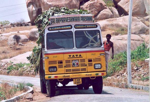 Hampi truck