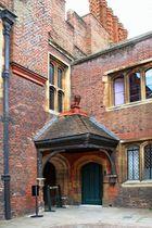 Hampton Court Palace - Master Carpenter`s Court 2