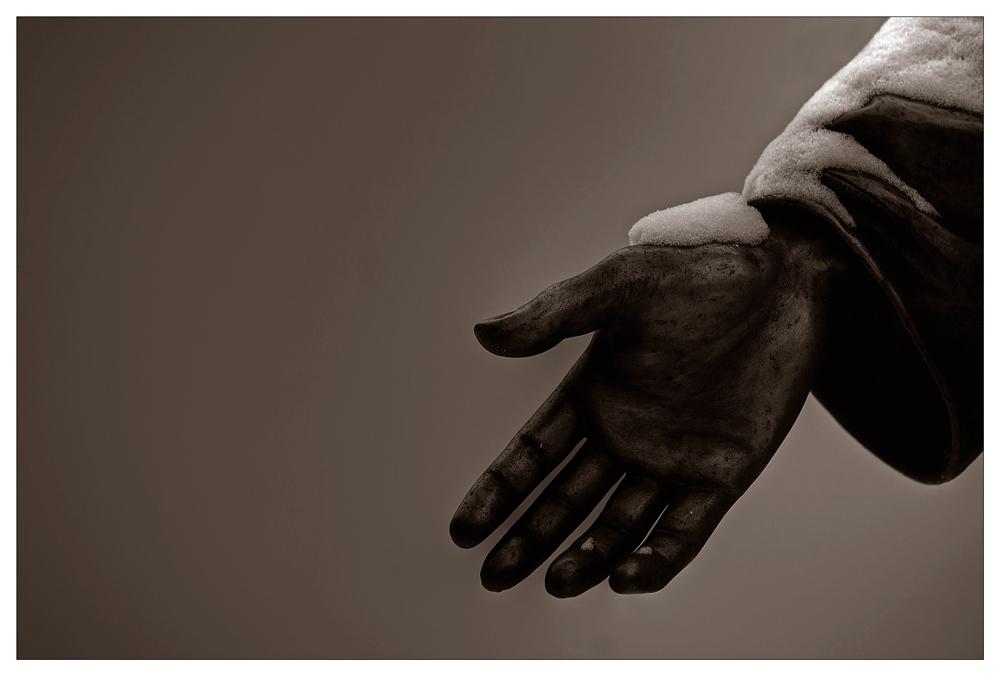 -Hand-