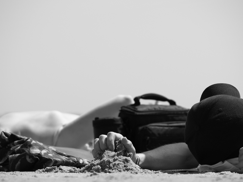 Hand über Sand