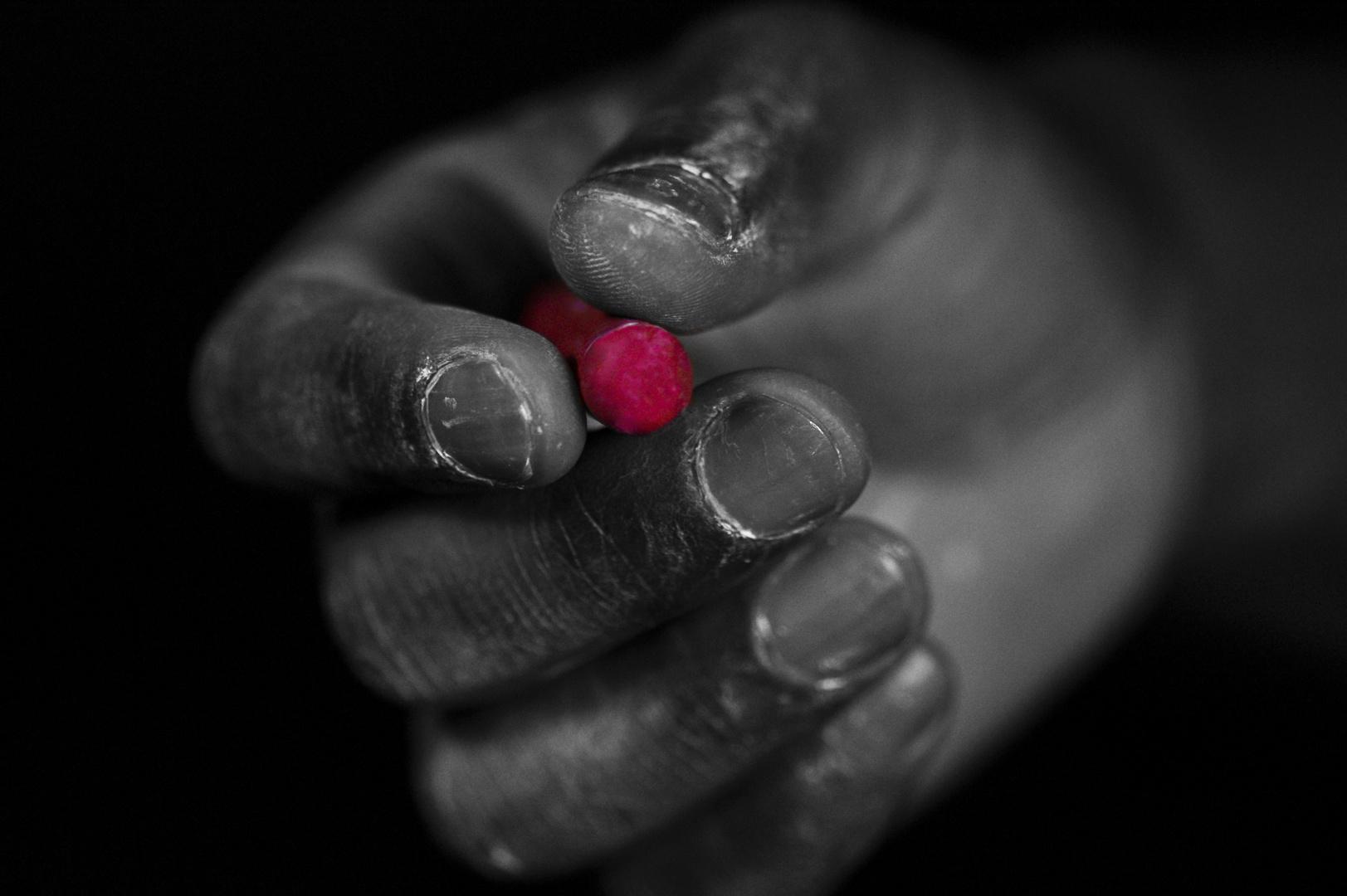 Hand und Kreide