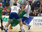 Handball: Kampf am Kreis