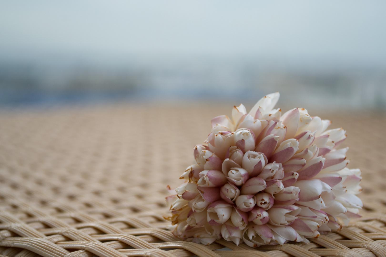 Handgefertigte Blume aus Tunesien