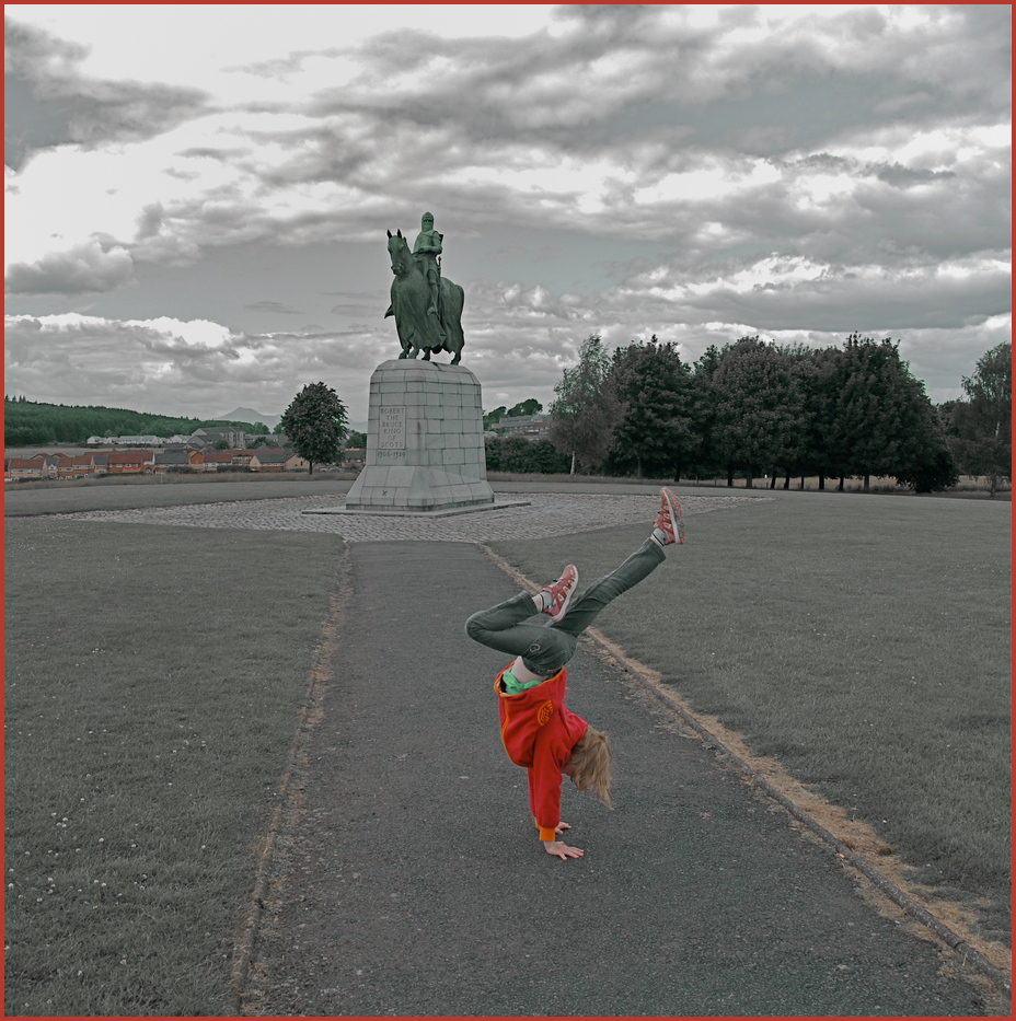 Handstand vor Robert the Bruce