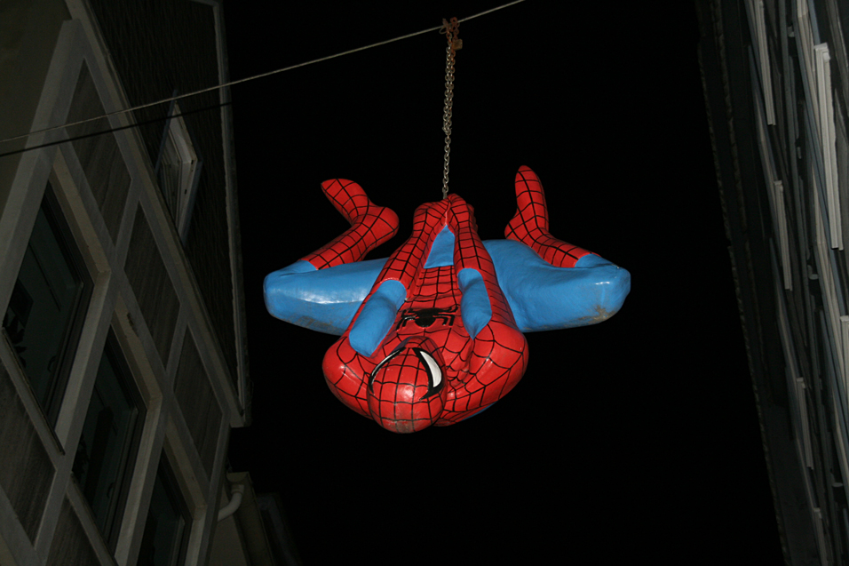 Hang on spider