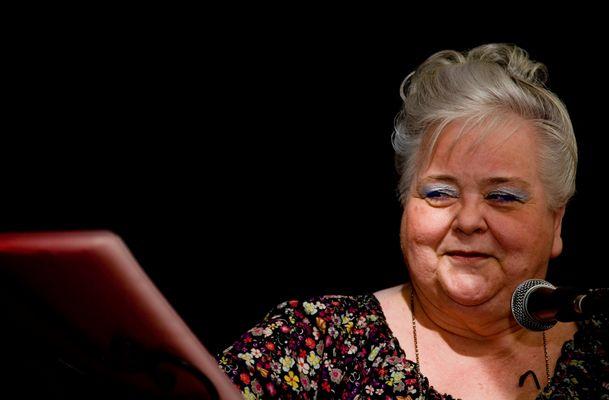 Hannelore Baumeister... Journalstin/Chansonette....