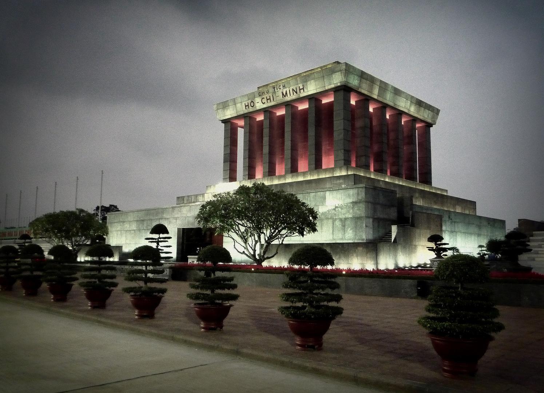 Hanoi - Hoh Chi Minh Denkmal