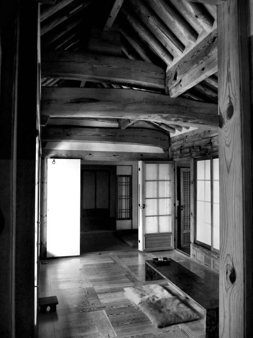 Hanok inside
