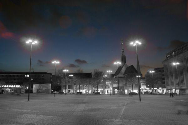 Hansaplatz, Dortmund ... und das im Halbdunkeln