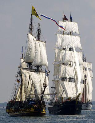 Hanse Sail *Mercedes und Standart*