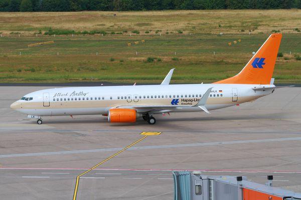 Hapag-Lloyd B737-800 ( Kreutzflug )