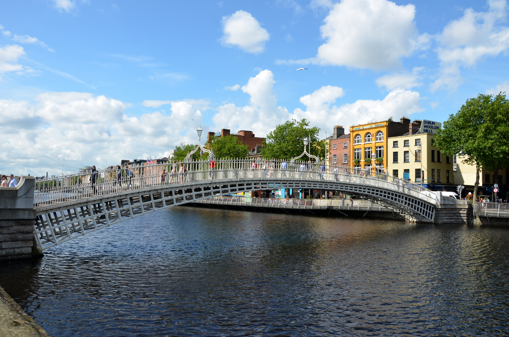 Ha'penny Bridge - Dublin - Ireland