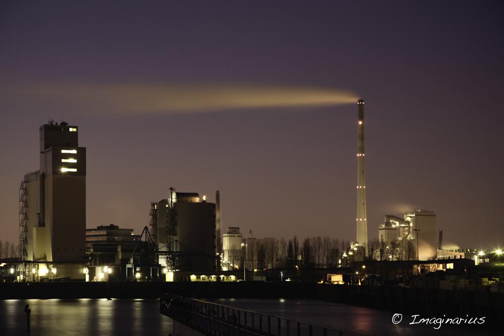 harbor at night - Industriehafen Bremen