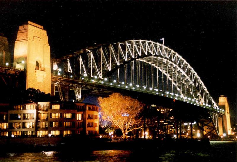 Harbour-Bridge bei Nacht...