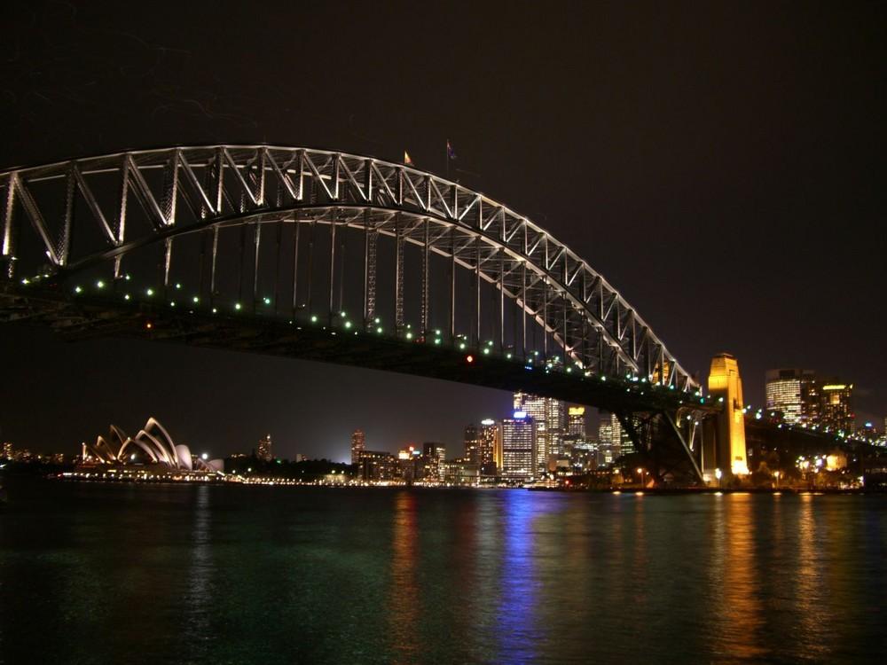 Harbour Bridge & Oper in Sydney