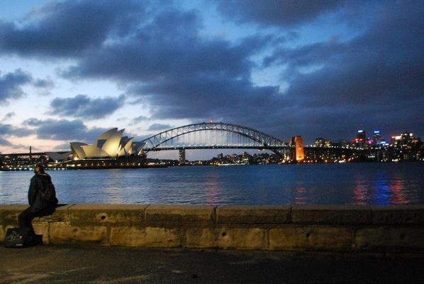 Harbour bridge & Opera house, Sydney.