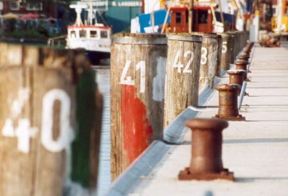 [harbour]