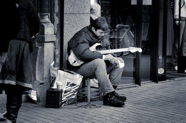 Hard rocking man...
