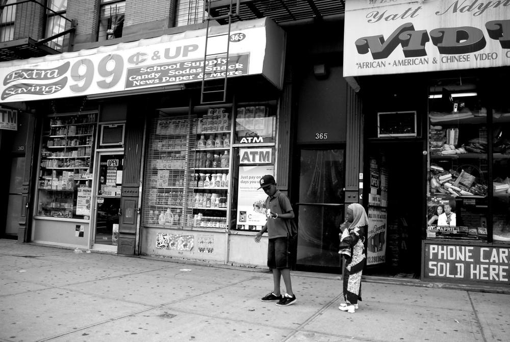 Harlem - New York - Street scene...