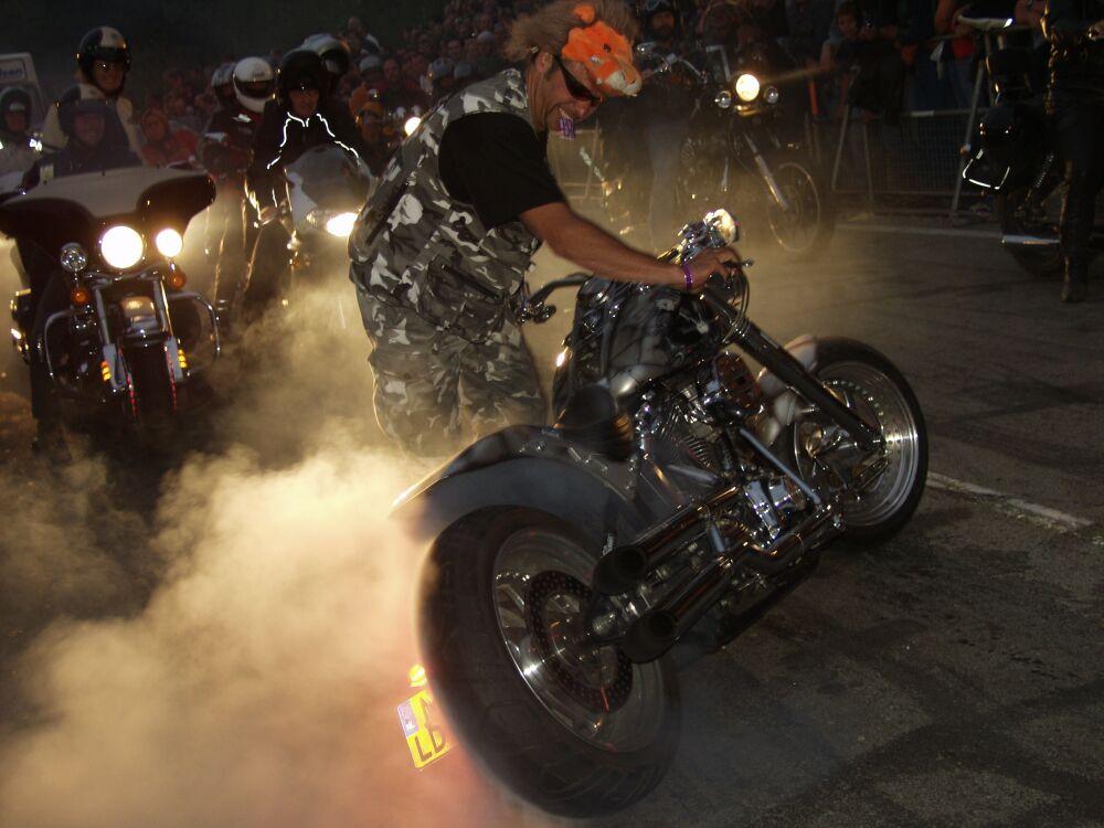 Harley Burn out