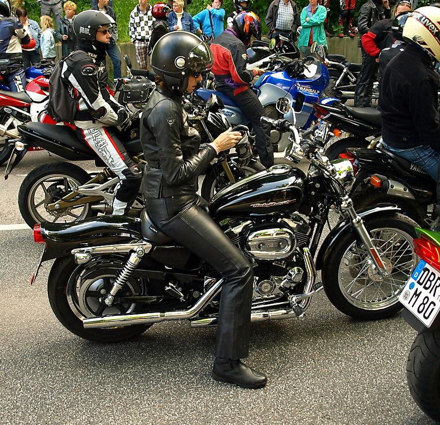 Harley Davidson weiblich :-)