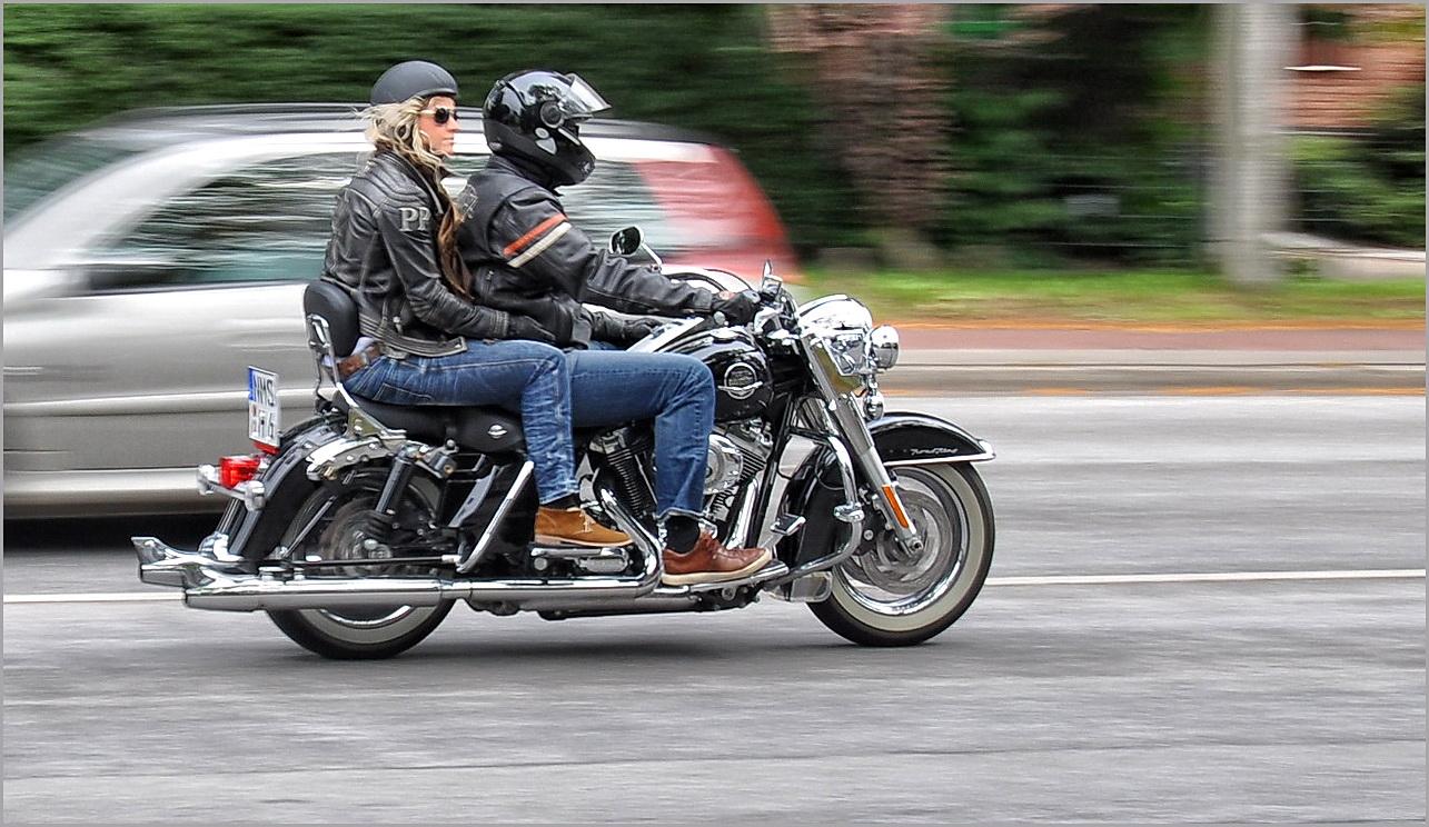 ...Harley Days in HH, 2011 ! Schrill, laut und sexy...:-), 2.