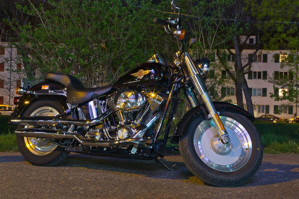 Harley FLSTFI Fatboy - neben der Cam mein liebstes Spielzeug