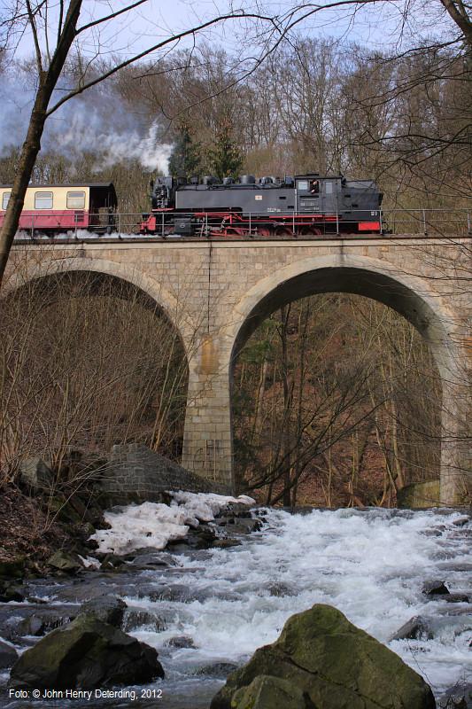 Harzquerbahn . Vom Eise befreit
