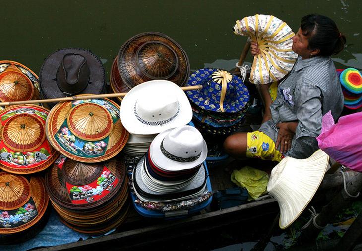 Hat Market...