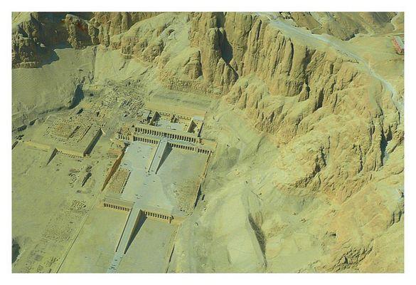 Hatschepsut Tempel und Mentuhotep Tempel