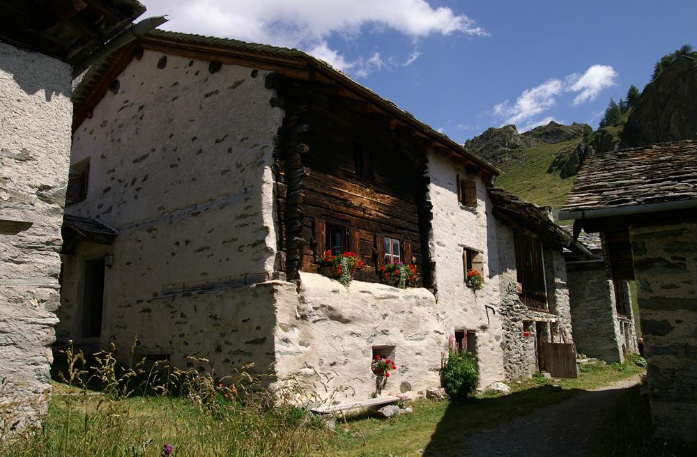 Hauptstrasse von Grevas Alva