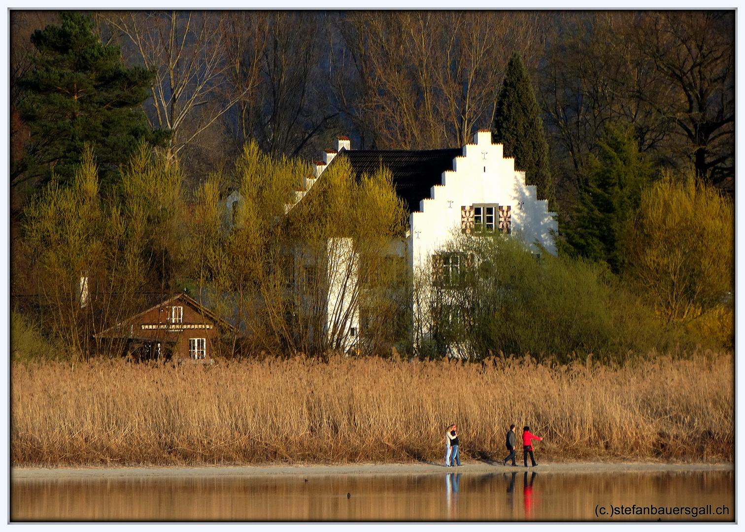 """""""Haus am Fluss."""""""