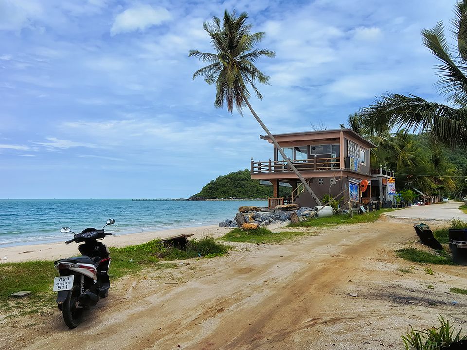 Haus am meer foto bild asia thailand southeast asia for Modernes haus am meer