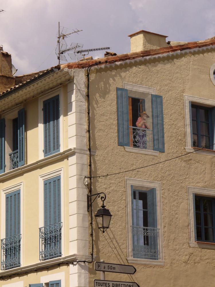 Haus an der Ecke in Cotignac