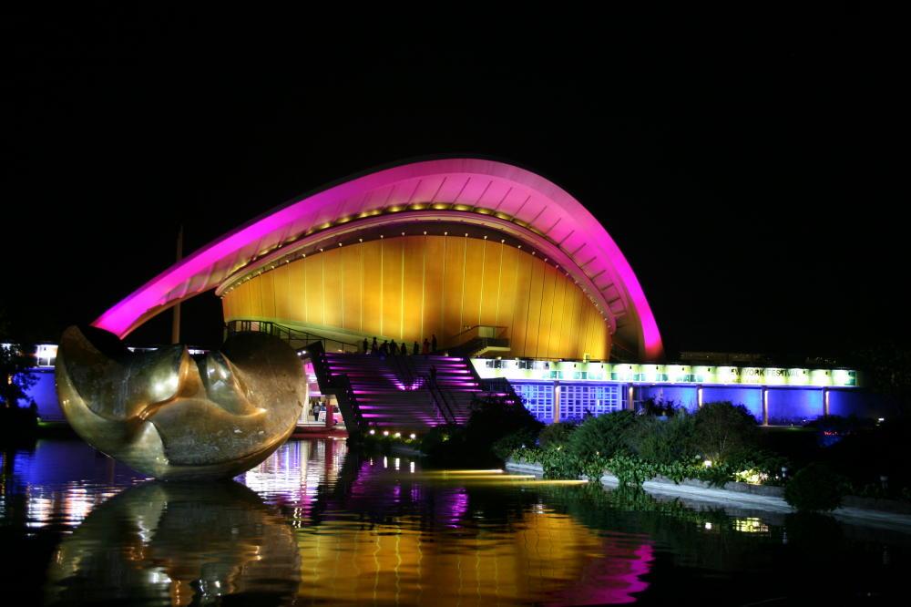 Haus der Kulturen der Welt (3)....