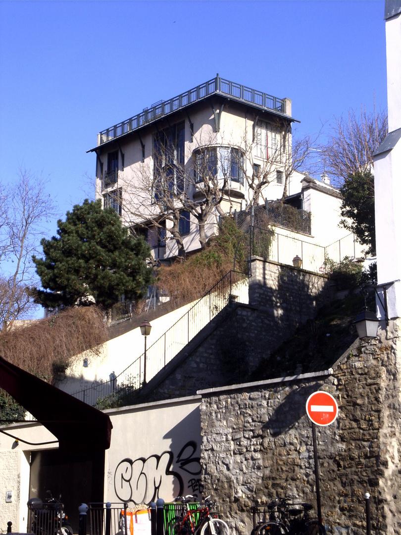 Haus mit Dachterrasse