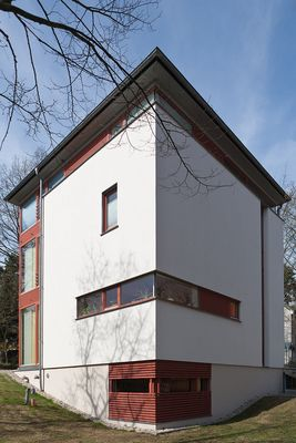 Haus mit Eckfenster