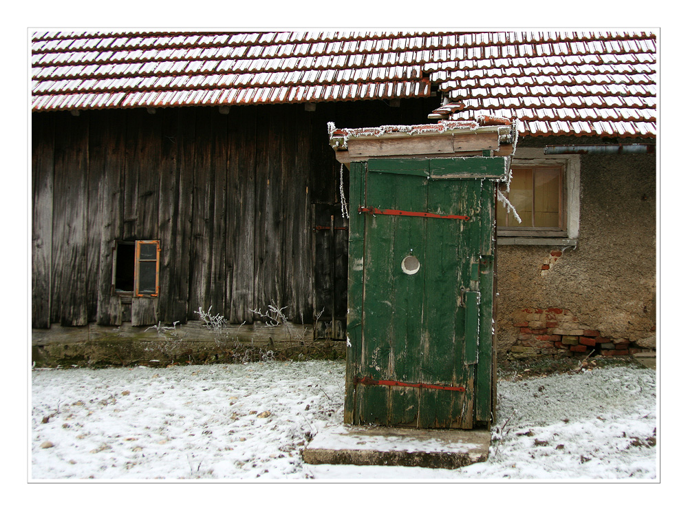 Haus mit Häusl