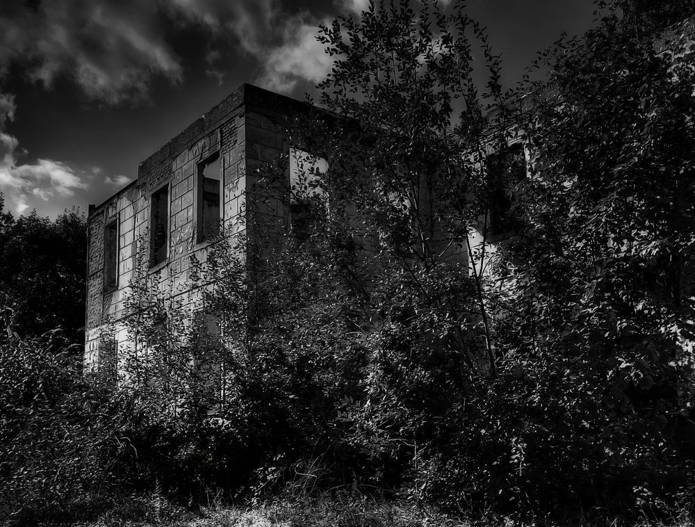 Haus Wolfskuhlen - die blinden Augen eines Hauses