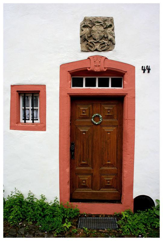 Hausnummer 44