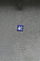 Hausnummer 48