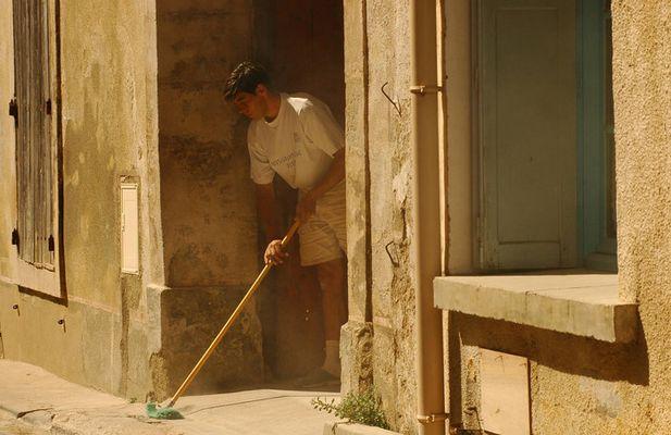 Hausputz in Salles d'Aude