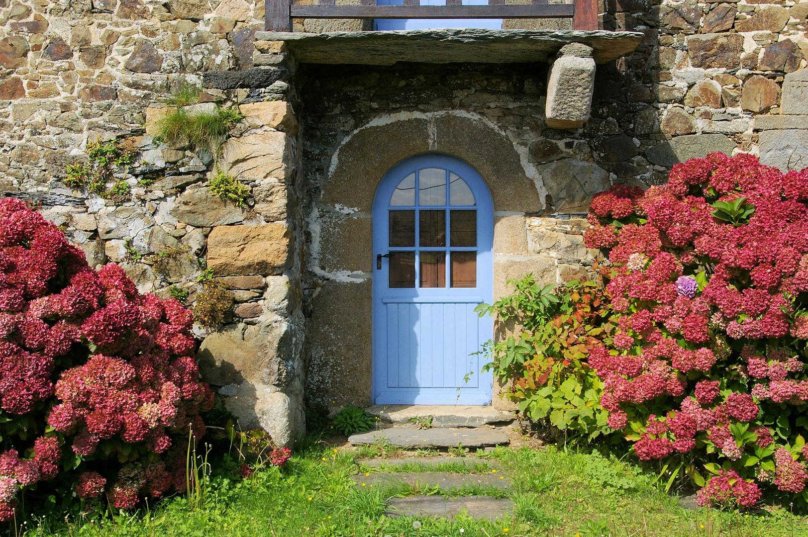 Haustür in der Bretagne