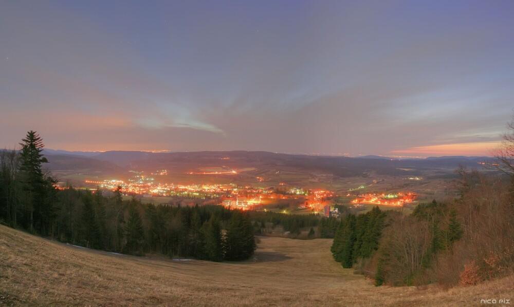 Hauteville-Lompnes de nuit